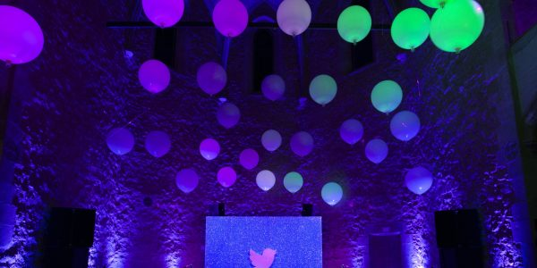 Instalaciones para fiesta Twitter